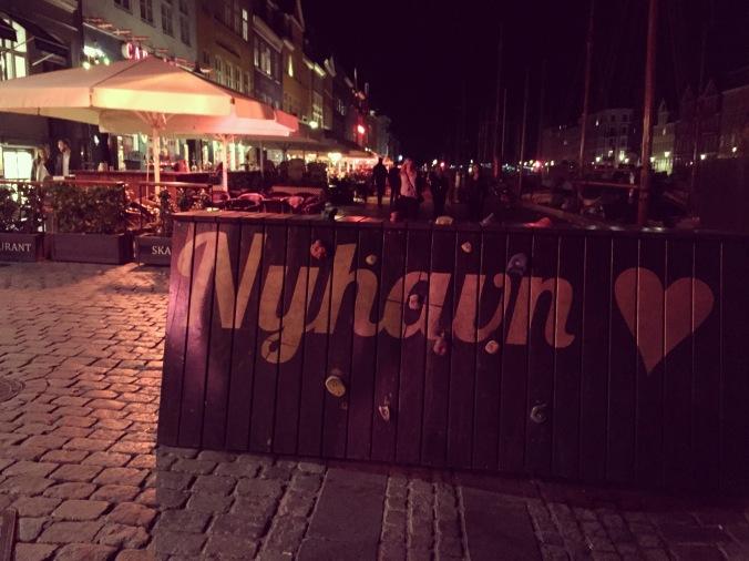 Nyhavn sign